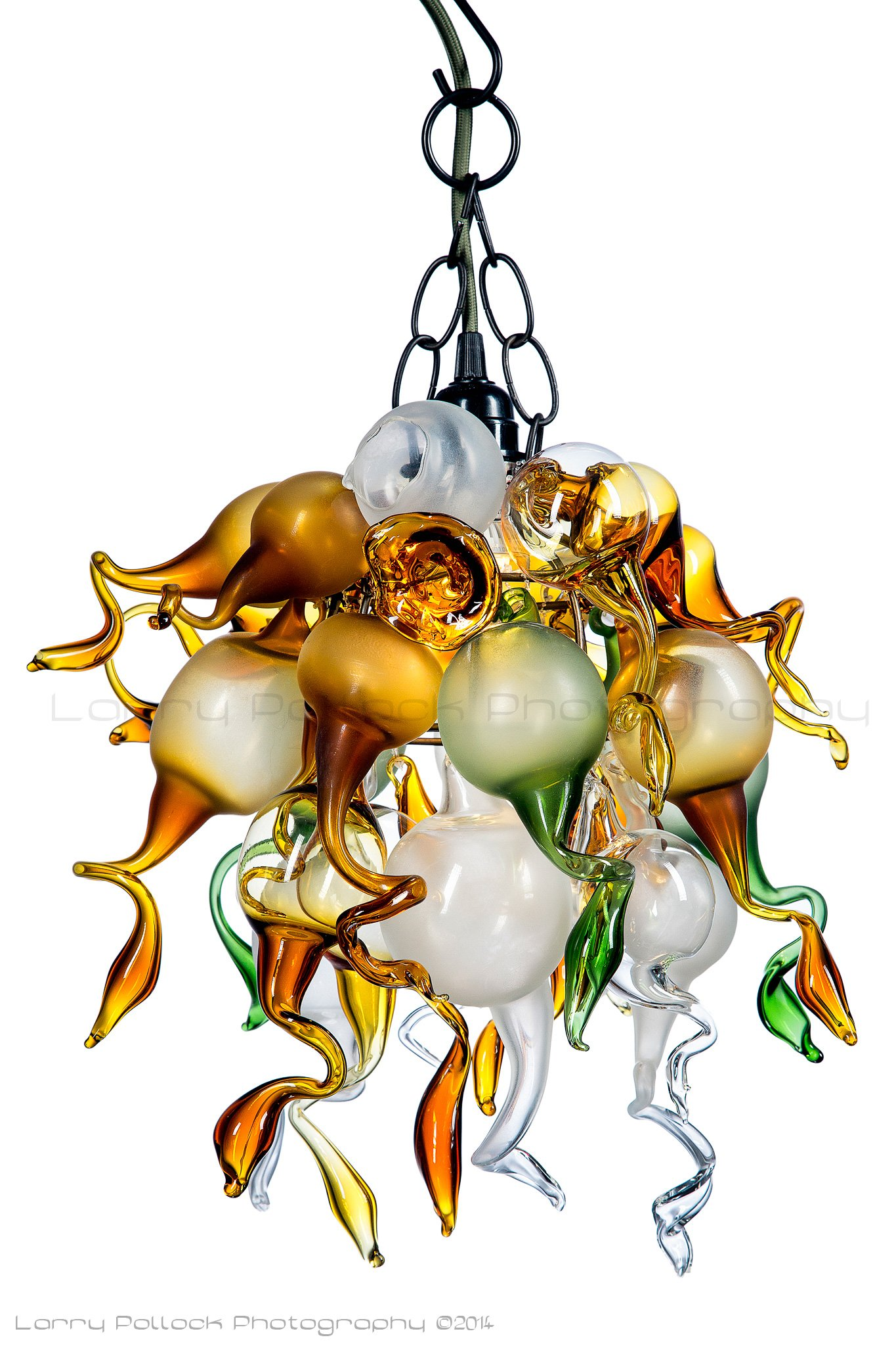 goldgreen-chandelier-001-wm.jpg