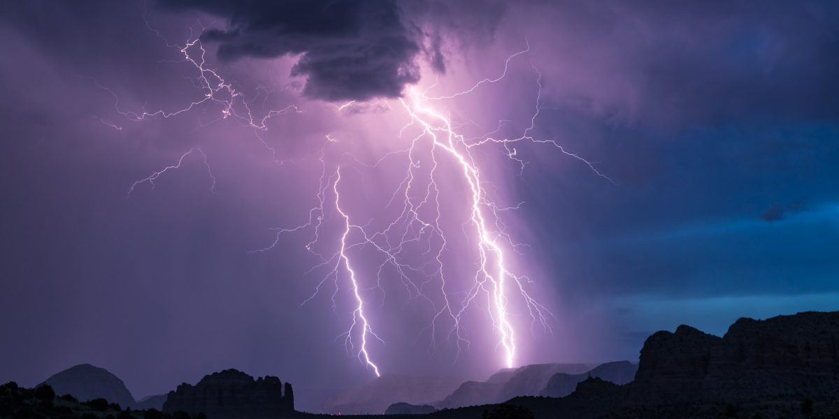 How to Photograph Lightning: From Gear to Technique – Sleeklens Article